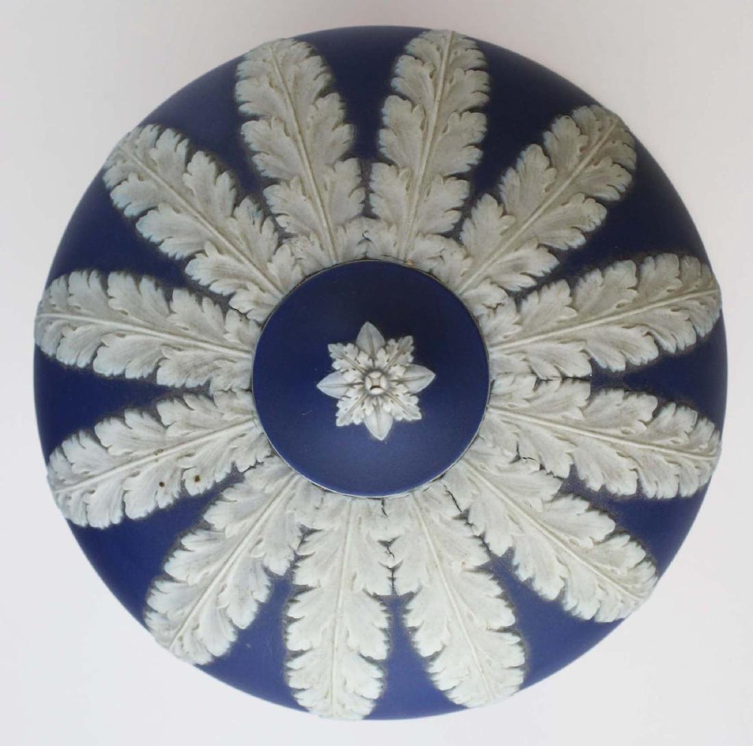 scarce Wedgwood cobalt dip Jasperware pottery hanging - 4