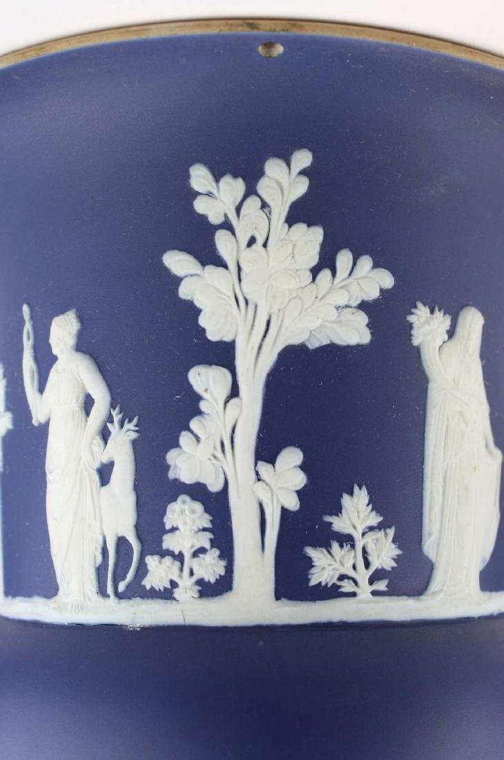 scarce Wedgwood cobalt dip Jasperware pottery hanging - 8