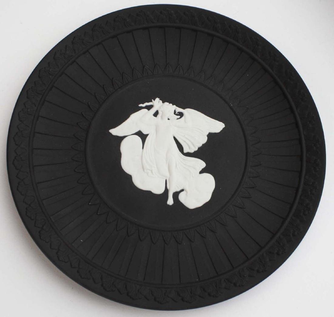8 pcs Wedgwood black dip Jasperware tableware including - 5