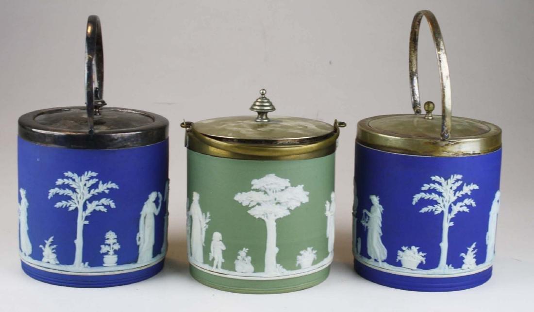 3 Wedgwood cobalt and sage green dip Jasperware biscuit - 4