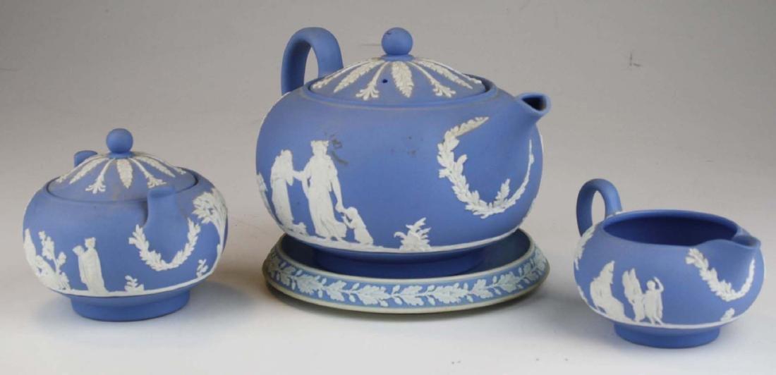 Wedgwood solid pale blue Jasperware 3pc tea set - 4