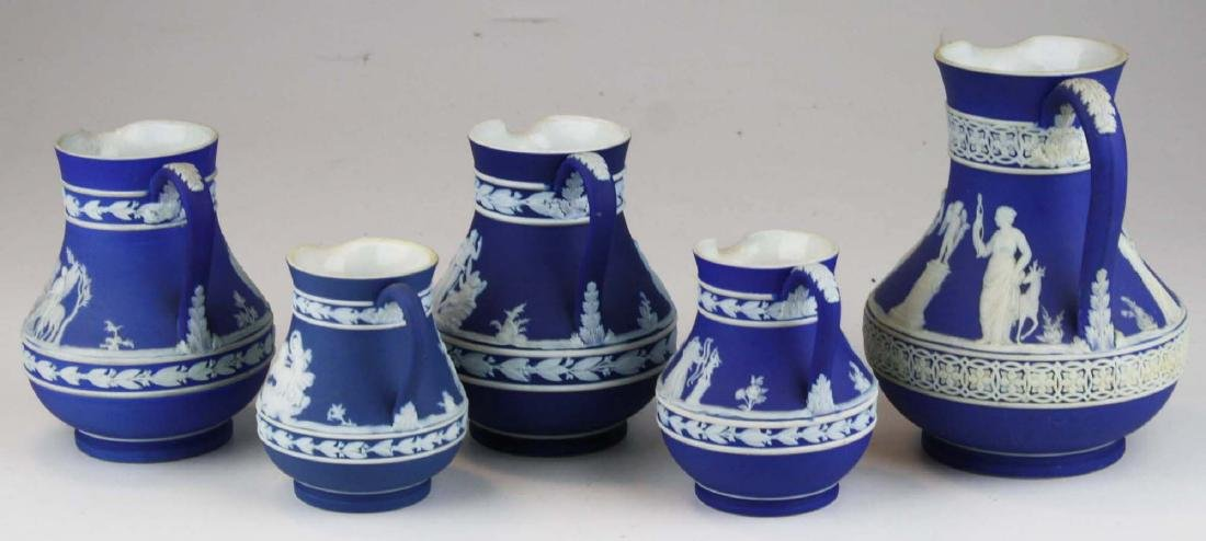 lot of 5 Wedgwood cobalt blue dip Jasperware Etruscan - 2