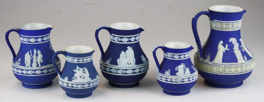 lot of 5 Wedgwood cobalt blue dip Jasperware Etruscan - 3
