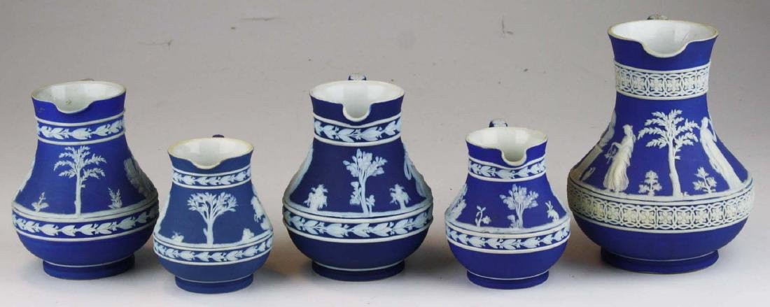 lot of 5 Wedgwood cobalt blue dip Jasperware Etruscan - 4