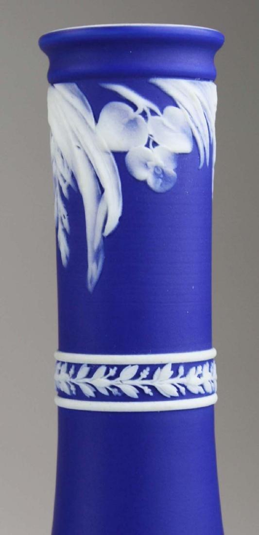 4 Wedgwood cobalt blue dip  Jasperware vases including - 5