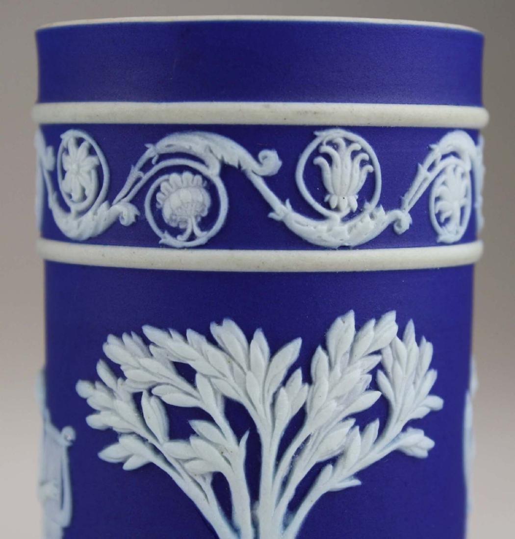 4 Wedgwood cobalt blue dip  Jasperware vases including - 7