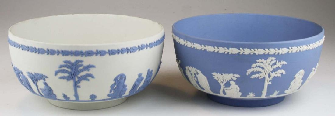 2 Wedgwood Jasperware Sacrifice serving or centerpiece - 2