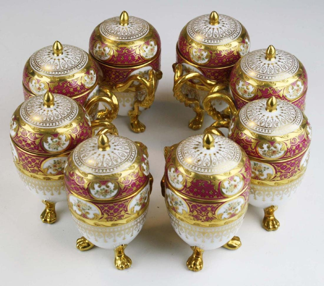 set of 8 Dresden egg form triple claw footed Pot de