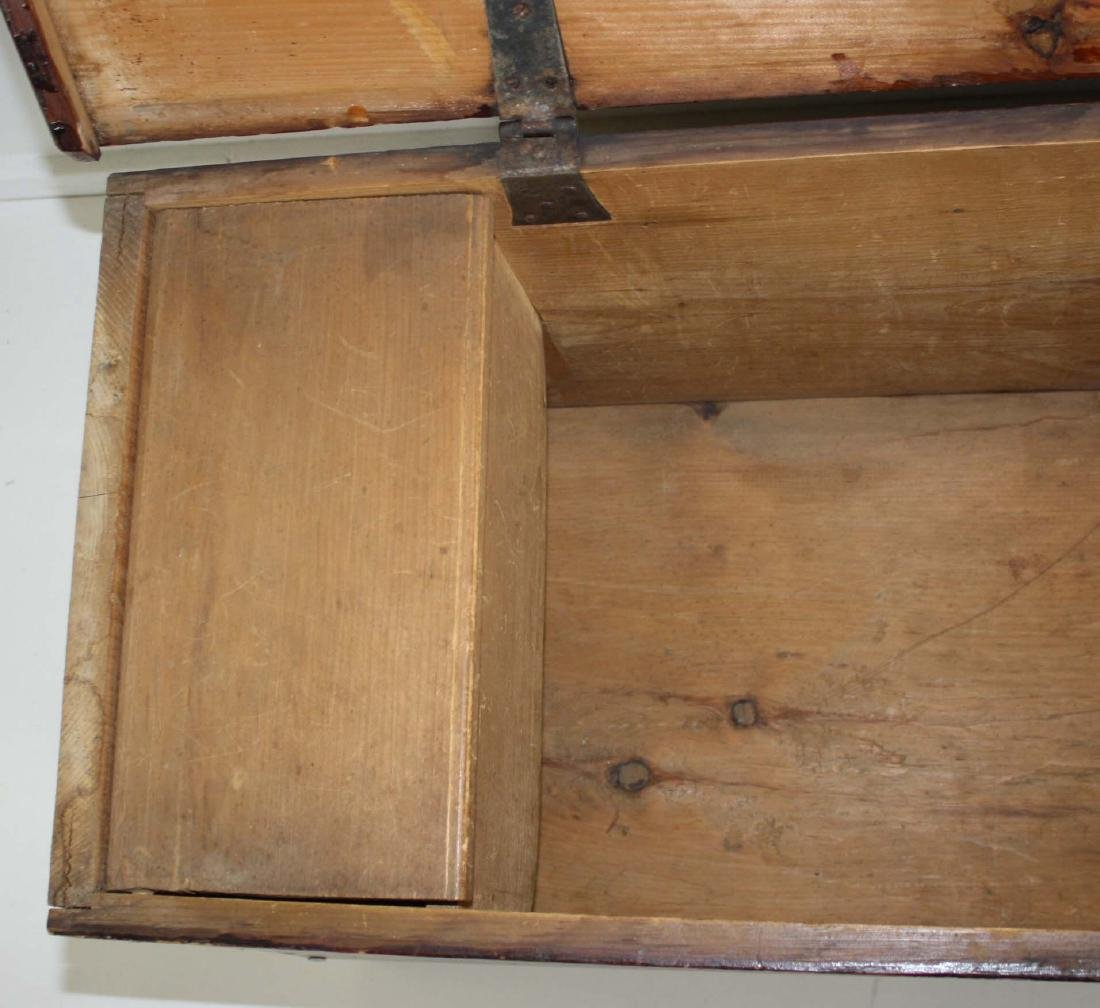19th c Pine bootjack end blanket box - 2