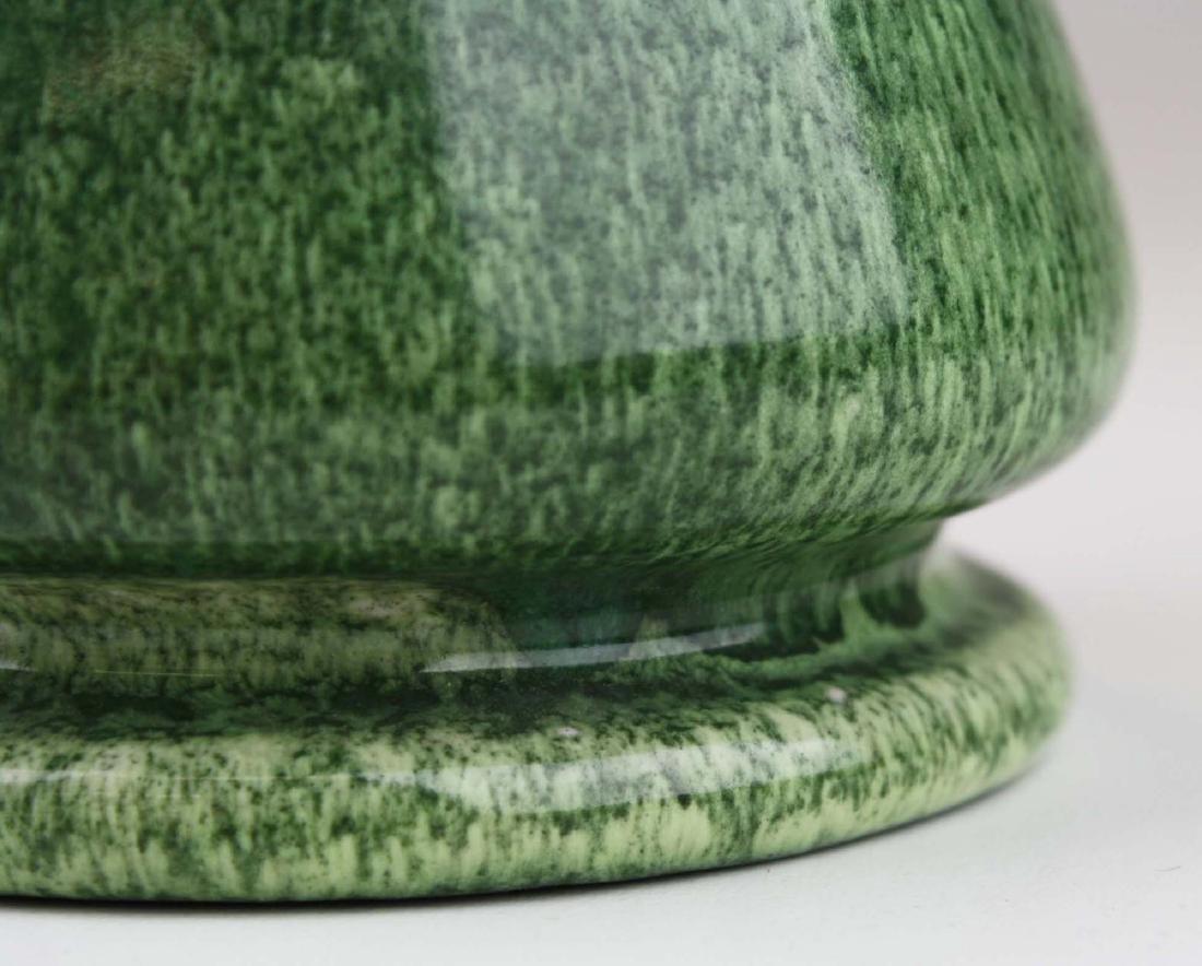 1906 Ruskin vase in snakeskin glaze - 7