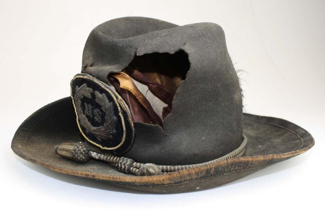 US Officers Slouch Hat with fatal wound