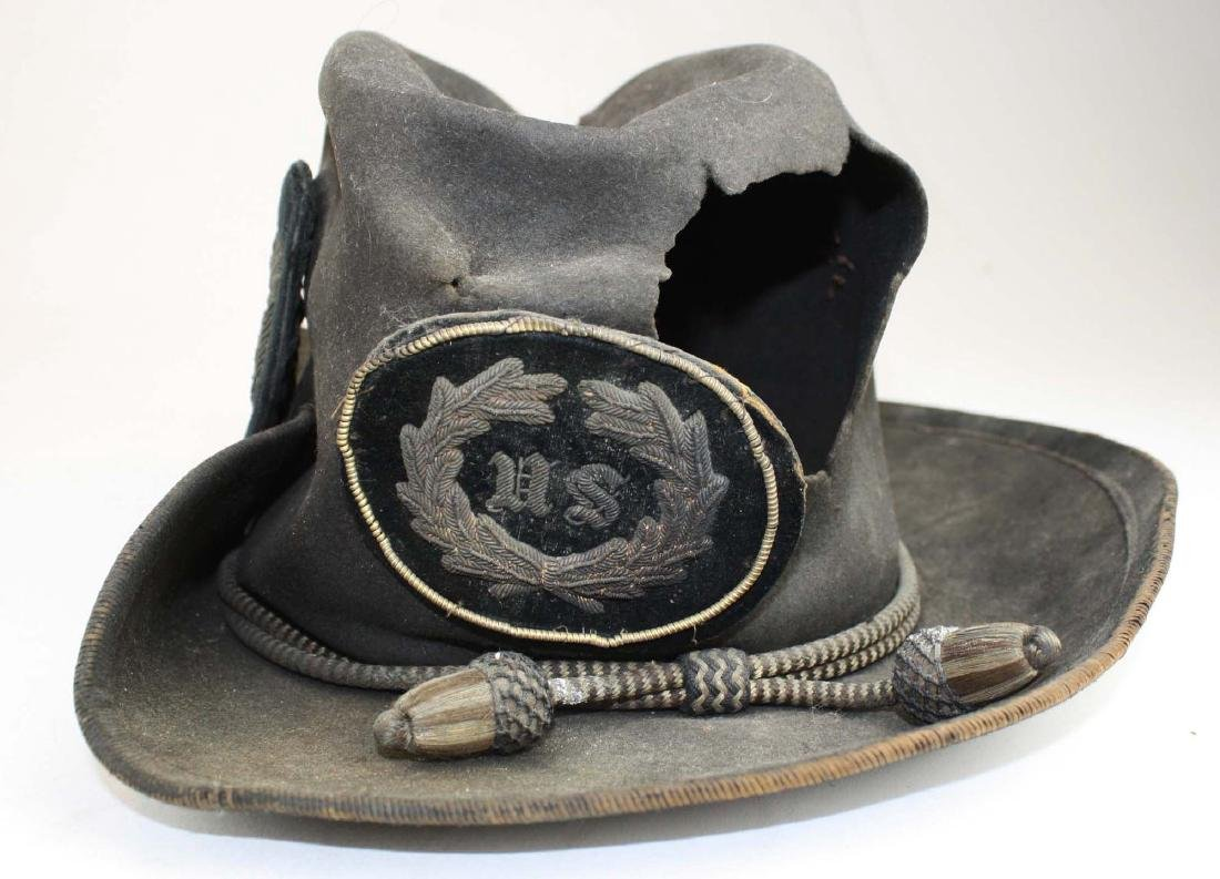 US Officers Slouch Hat with fatal wound - 2