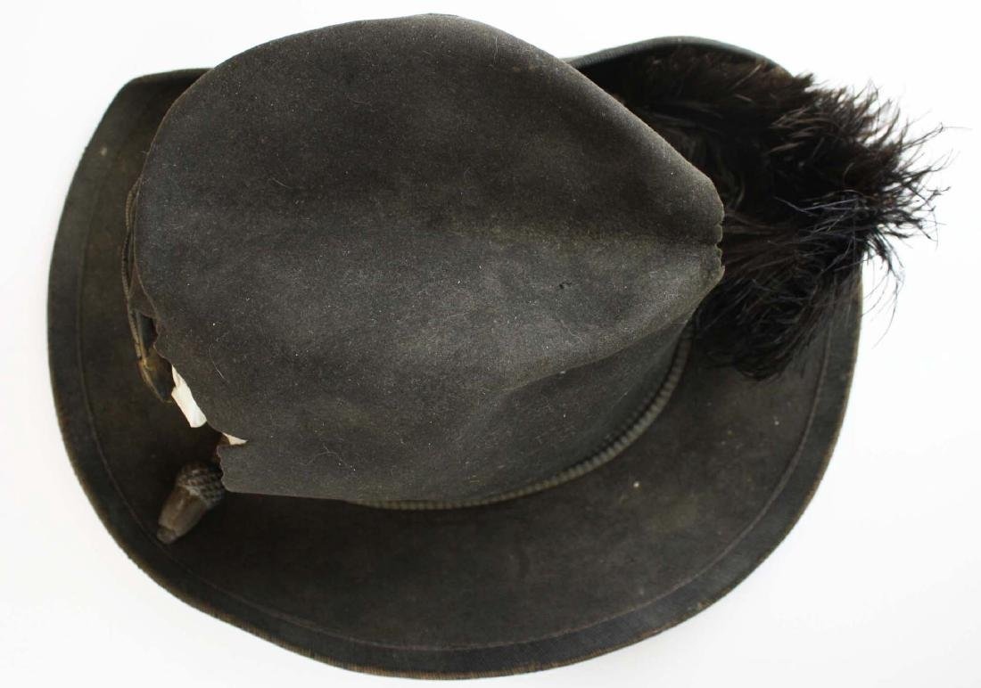 US Officers Slouch Hat with fatal wound - 3