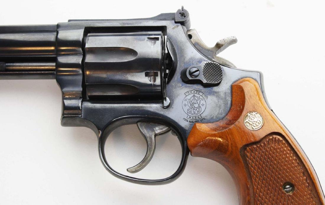 Smith and Wesson Model 586 - 5