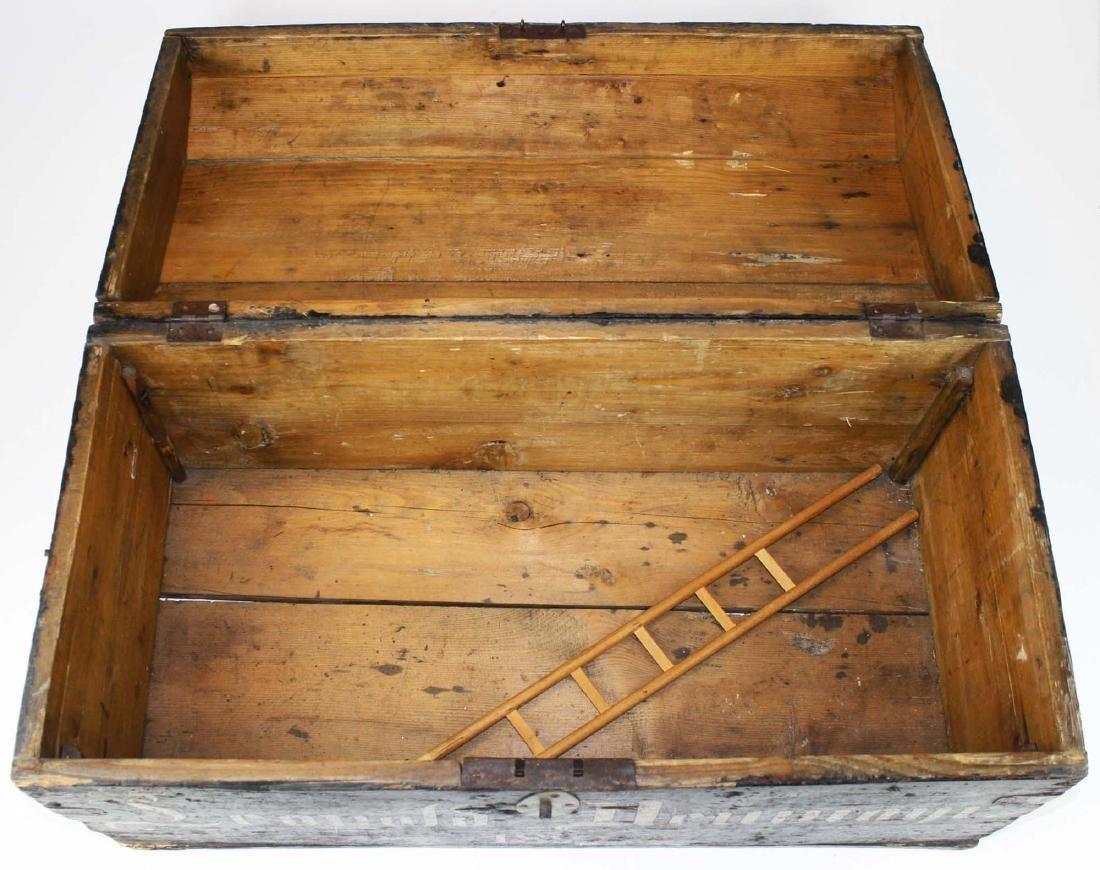 1895 German Infantry Regt trunk - 2
