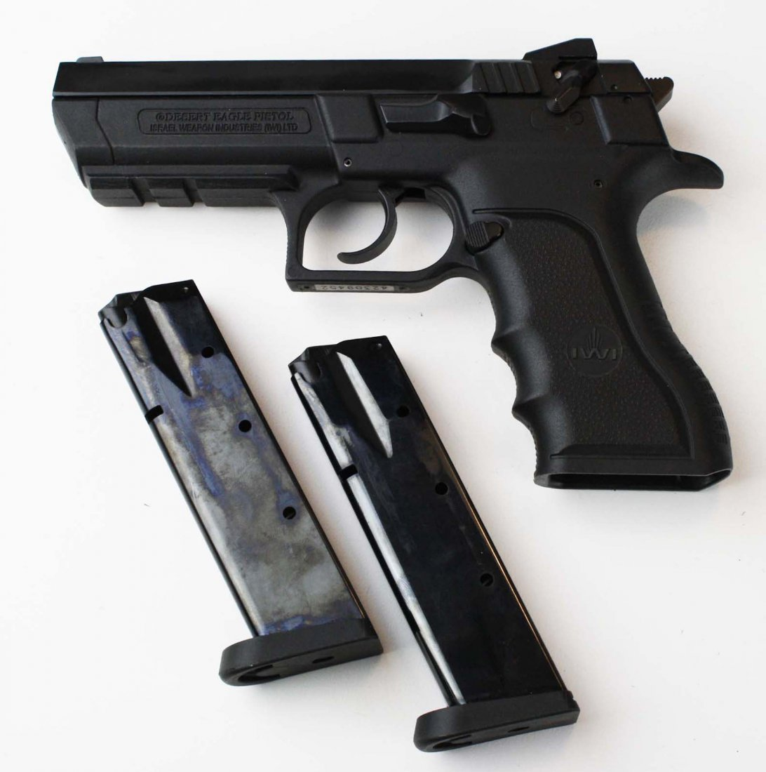 Israel Weapons Industries Desert Eagle Pistol in 9mm