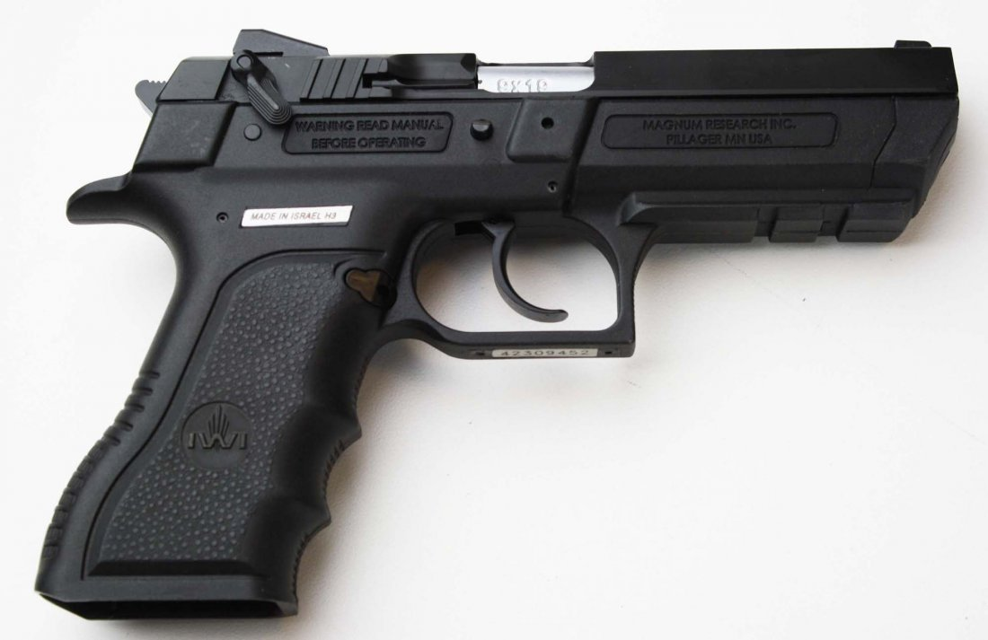 Israel Weapons Industries Desert Eagle Pistol in 9mm - 2