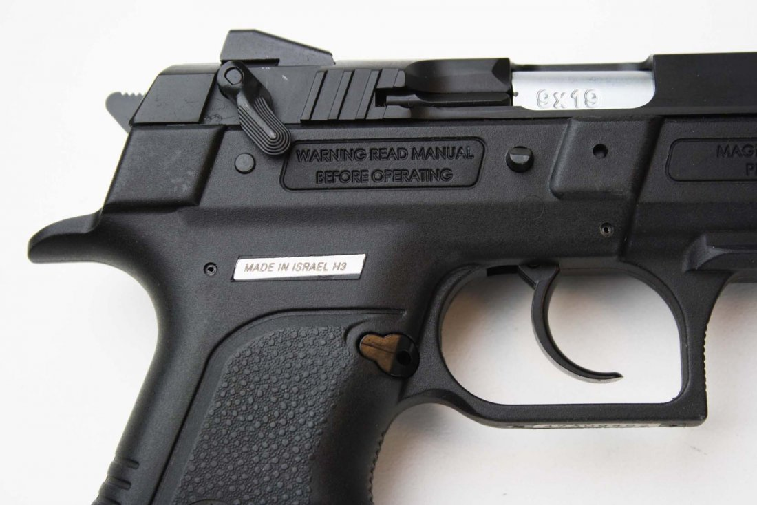 Israel Weapons Industries Desert Eagle Pistol in 9mm - 4