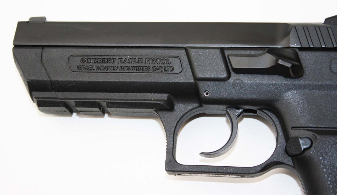 Israel Weapons Industries Desert Eagle Pistol in 9mm - 7