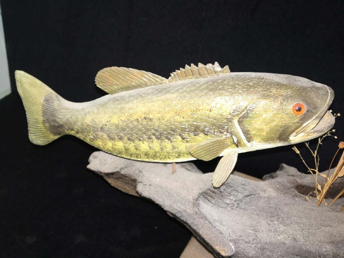 Rupert King Jr Carving of bass and 3 sun fish. - 3