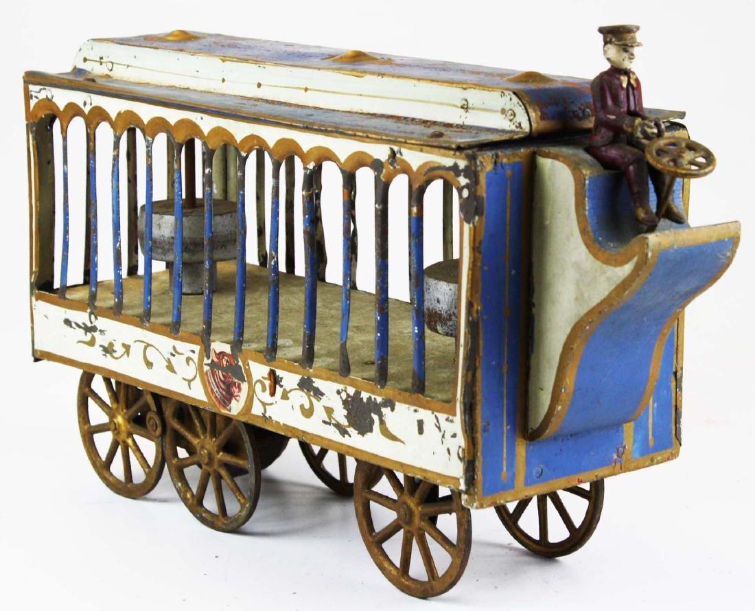 Stoddard Mfg. Co overland circus wagon