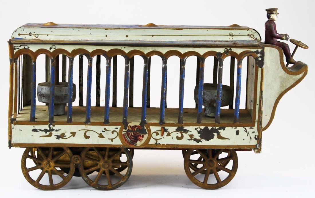 Stoddard Mfg. Co overland circus wagon - 2