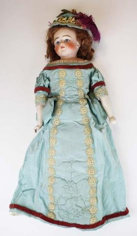 German closed mouth turned shoulderhead doll