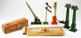 pre-war Lionel standard gauge accessories