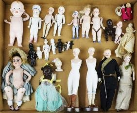 26 small jointed bisque dolls, doll house dolls