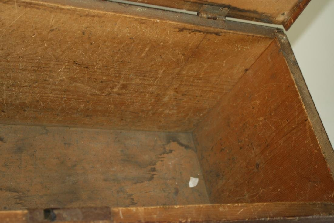 18th century bootjack end blanket chest - 2