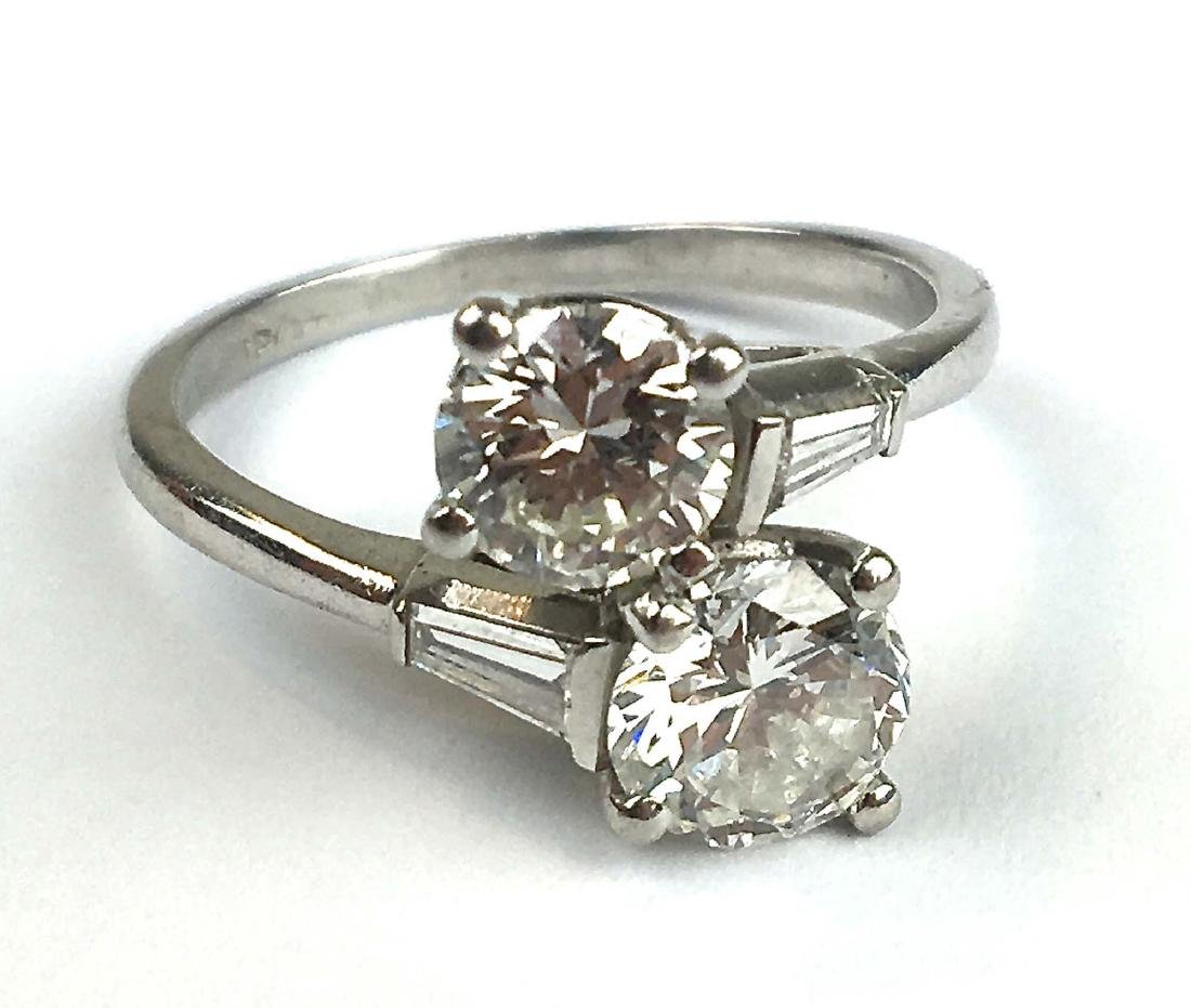 Diamond & platinum ladies ring