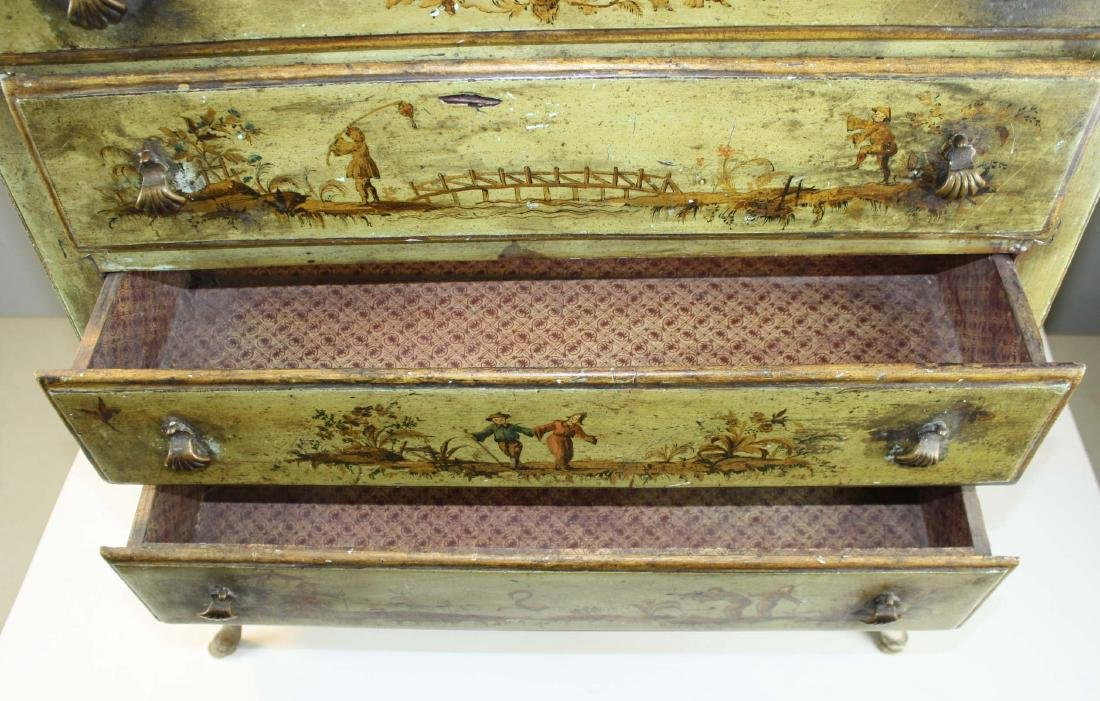 18th c Queen Anne 4 drawer chest - 6