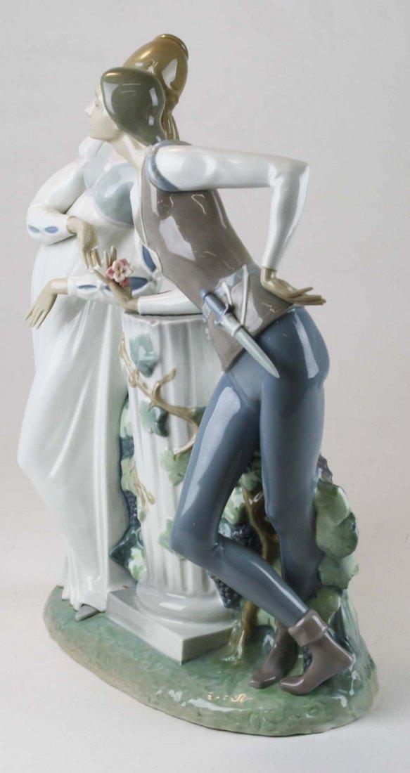Lladro Romeo and Julliet  porcelain figure - 5