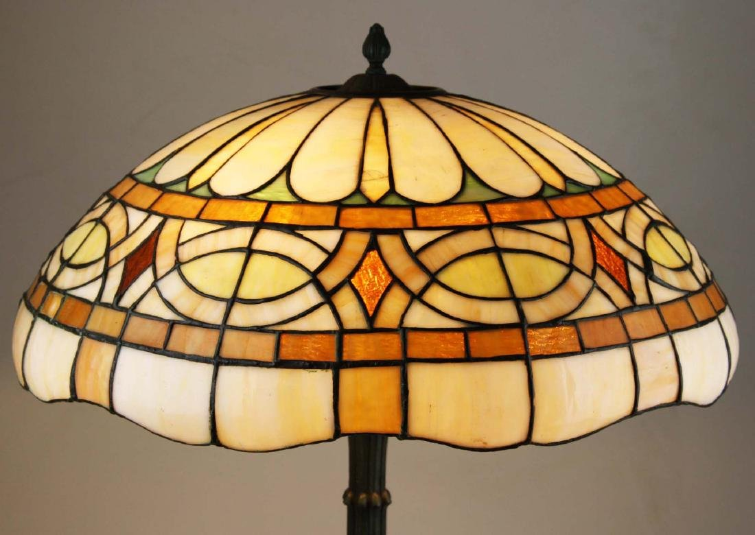ca 1900 leaded glass bronze base table lamp - 7