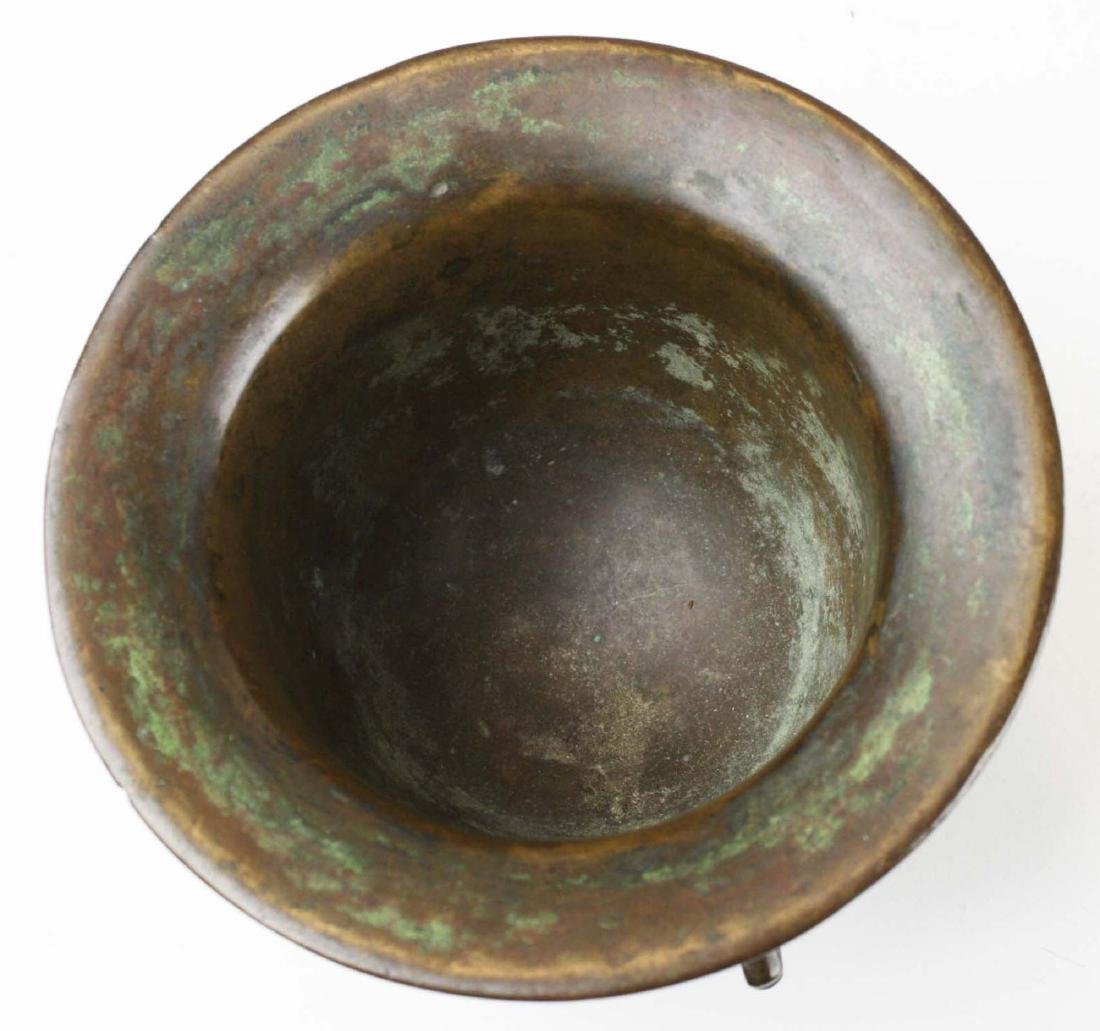 17th c Spanish bronze apothecary mortar - 4