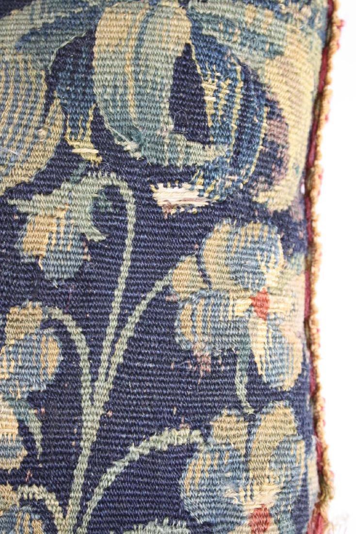 17th c Flemish tapestry fragment pillow - 7