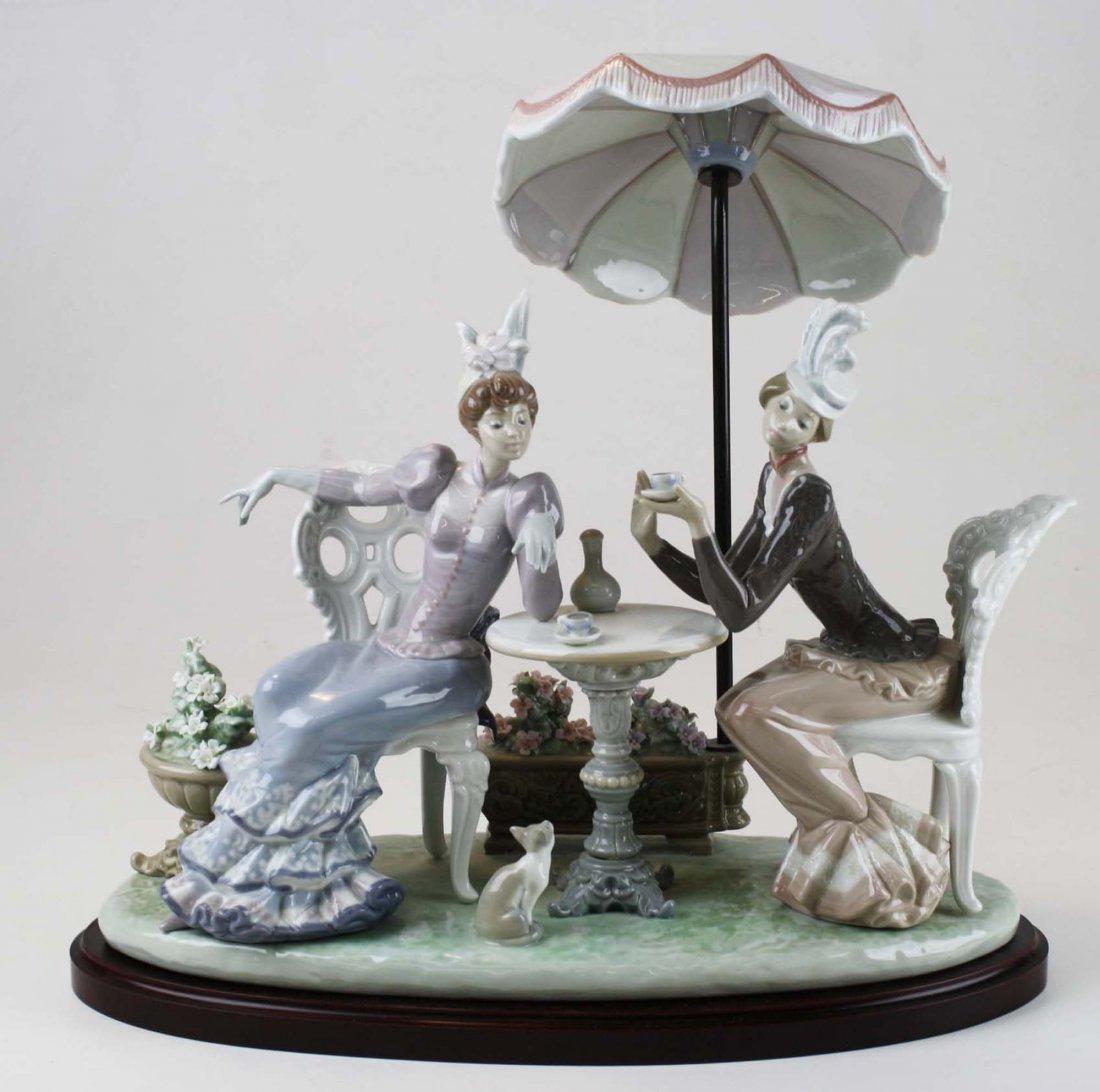 Lladro Café de Paris porcelain figure group