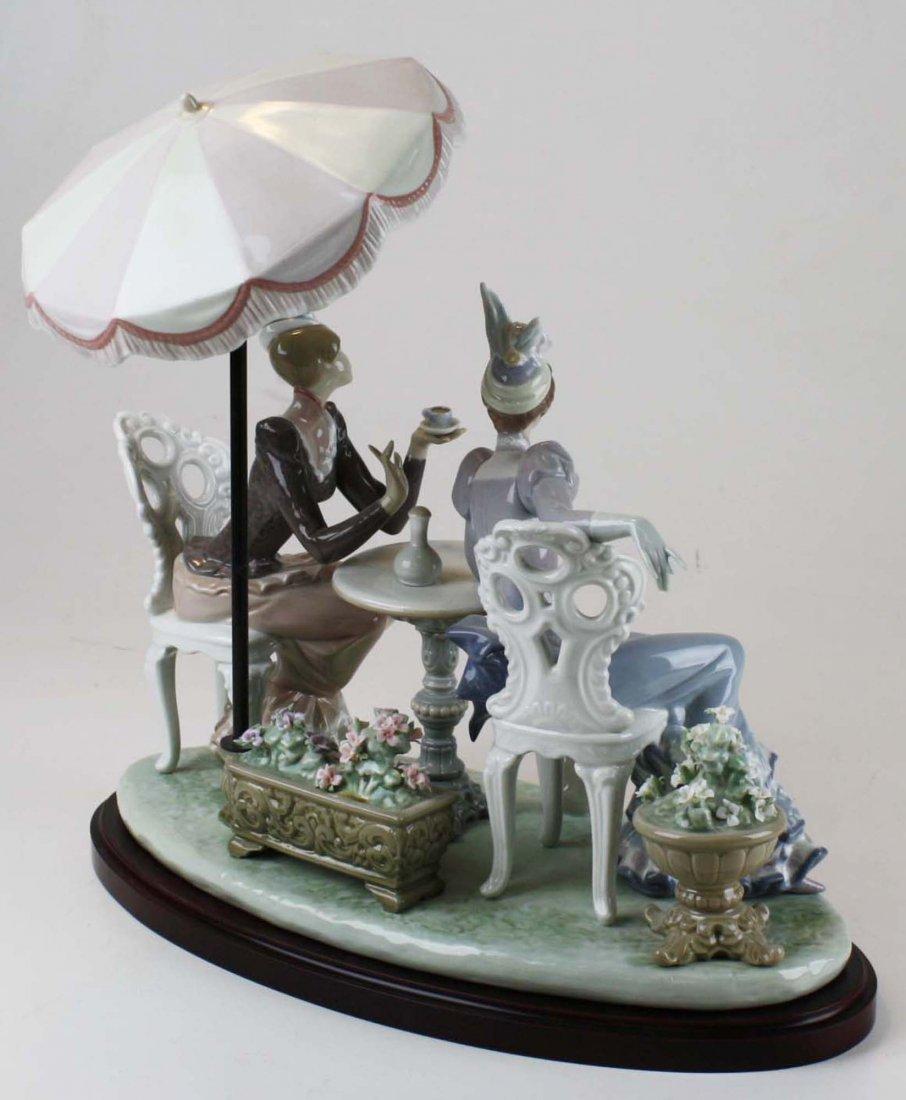 Lladro Café de Paris porcelain figure group - 3