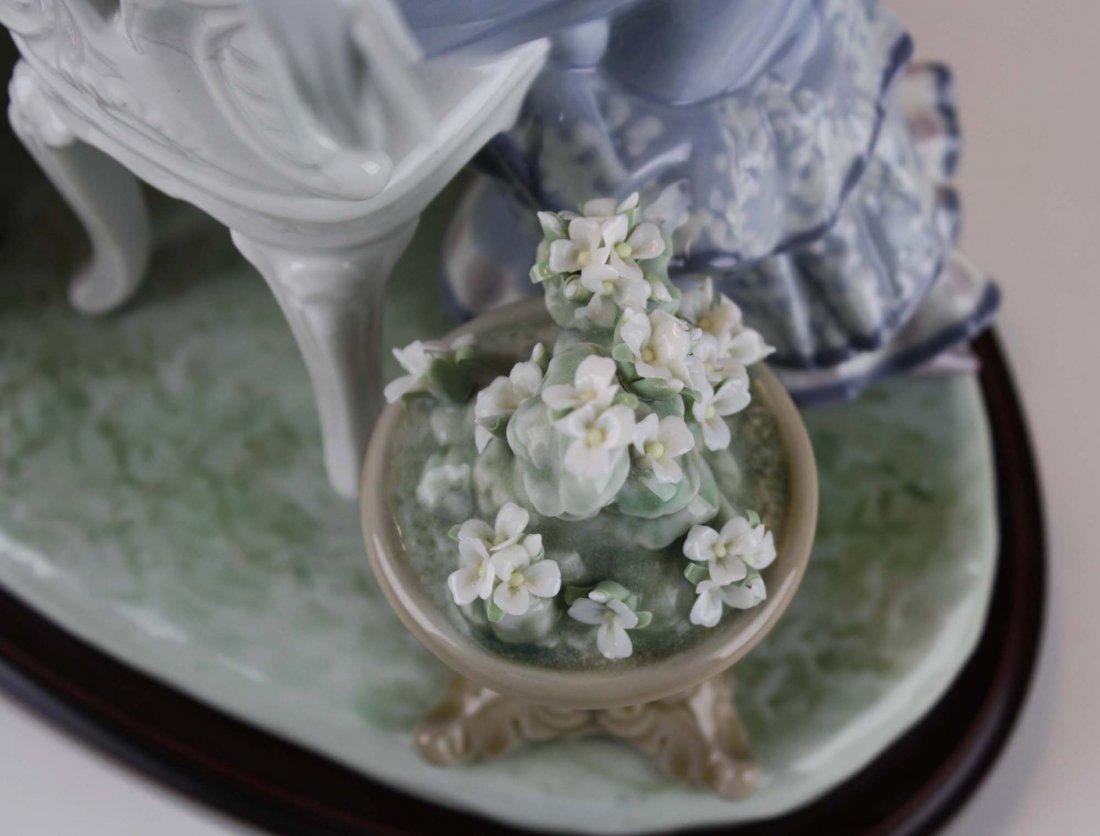 Lladro Café de Paris porcelain figure group - 7