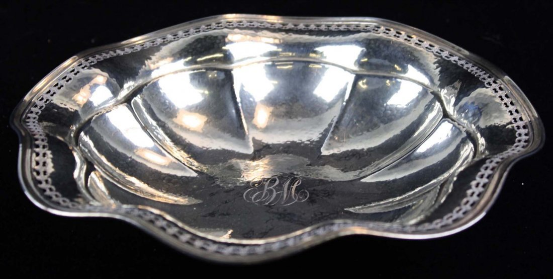 scalloped rim sterling silver serving bowl