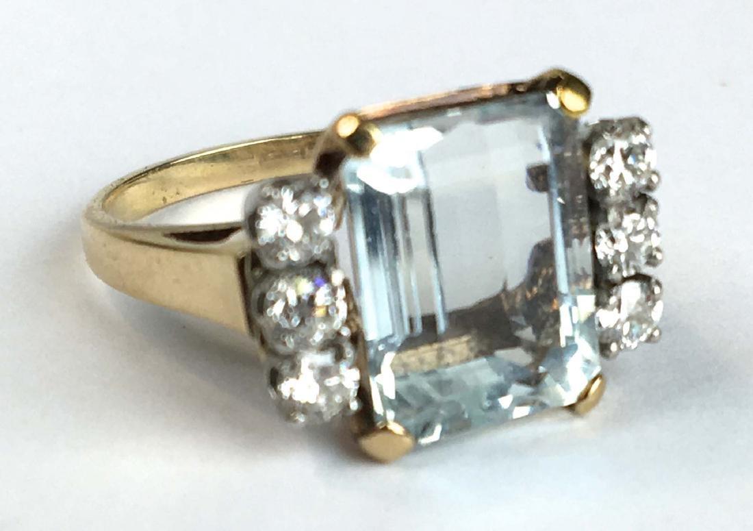 Aquamarine and diamond ladies ring