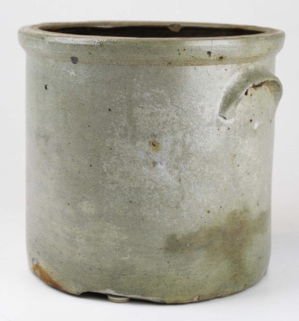 2 gallon stoneware crock w/ stenciled eagle - 3