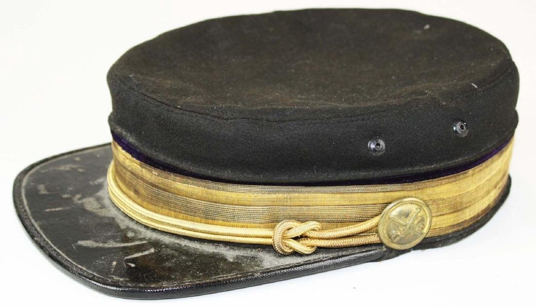 Post Civil War cap with crossed sabre buttons