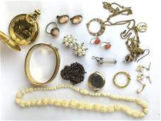 Group of Victorian and later jewelry