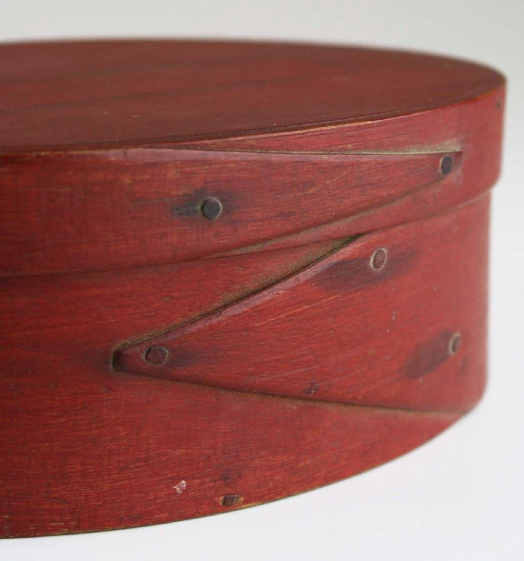 19th c Shaker oval box in red paint - 5