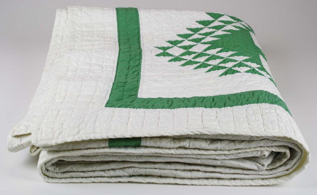 early 20th c pine tree pattern pieced quilt