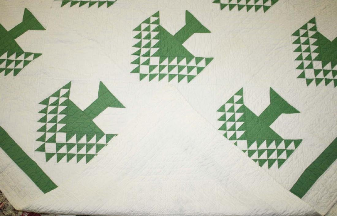 early 20th c pine tree pattern pieced quilt - 6