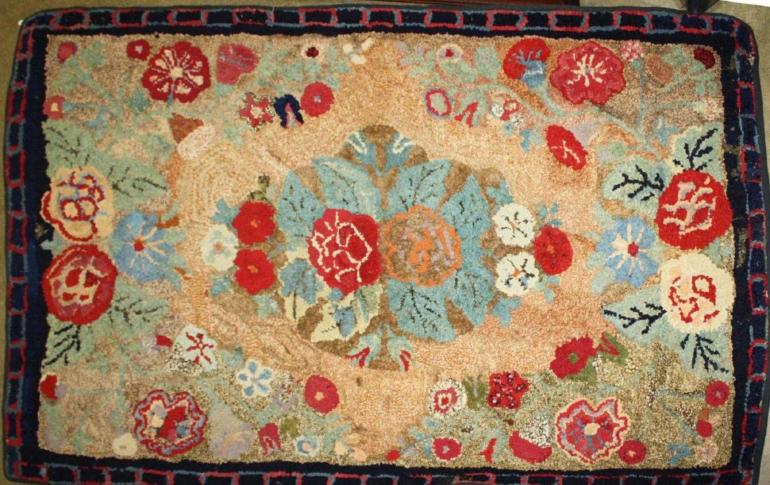 early 20th c Waldoboro type hooked rug