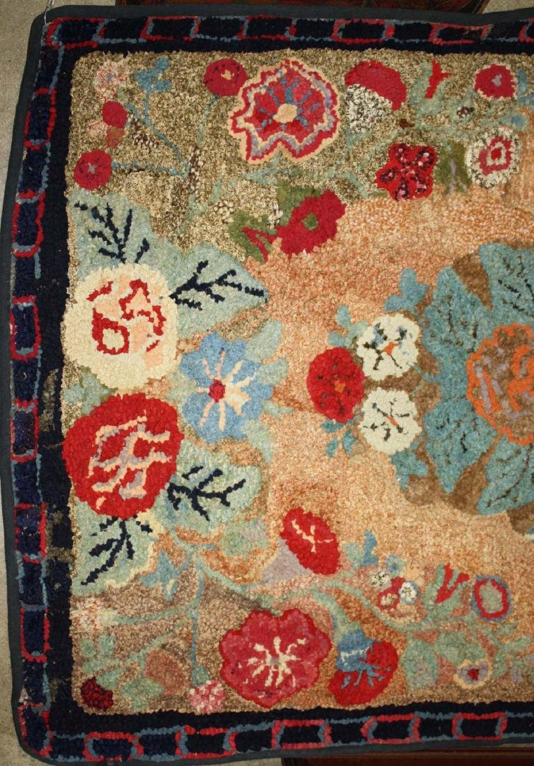 early 20th c Waldoboro type hooked rug - 2