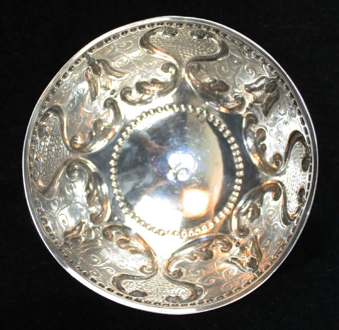 19th c. Dutch repousse silver footed bowl - 3